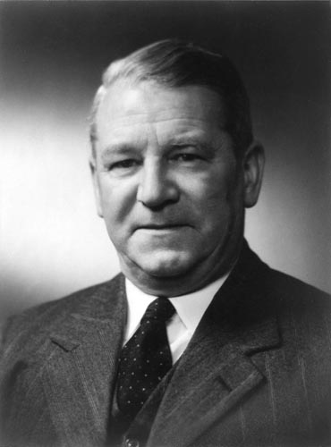 Air Marshal Sir Robert Owen Jones 1958