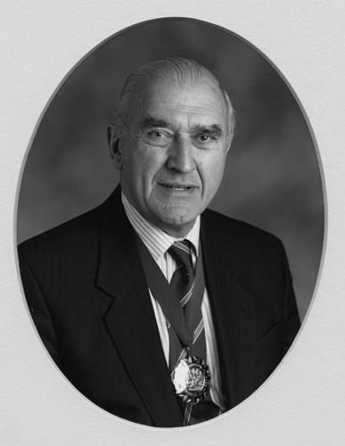 Denis E Filer 2000