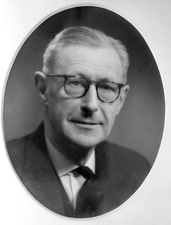 Roland Curling Bond 1963