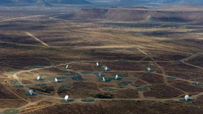 Aerial photograph of the MeerKAT array taken in 2016 (Credit: SKA Africa)