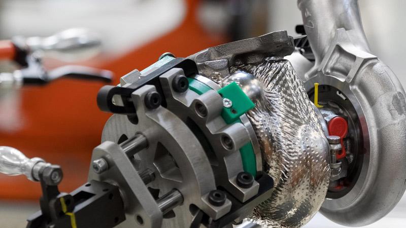 Aston Martin S Db11 Engine Reaches Full Production