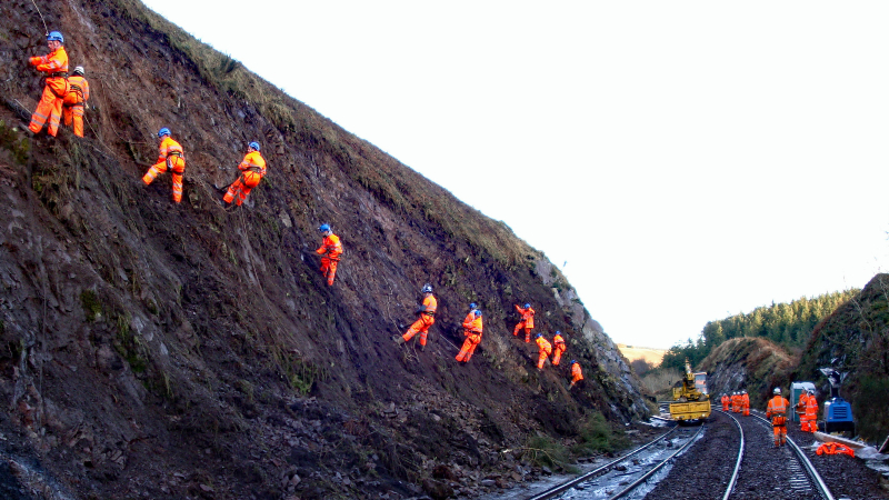 Cutting stabilisation work in Carmont, 10 years before the fatal derailment last year