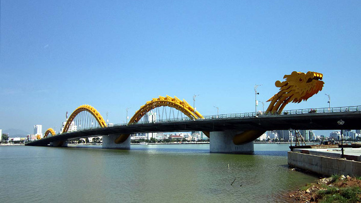 The Dragon Bridge located in Vietnam won an engineering award in 2016 (Credit: Getty)