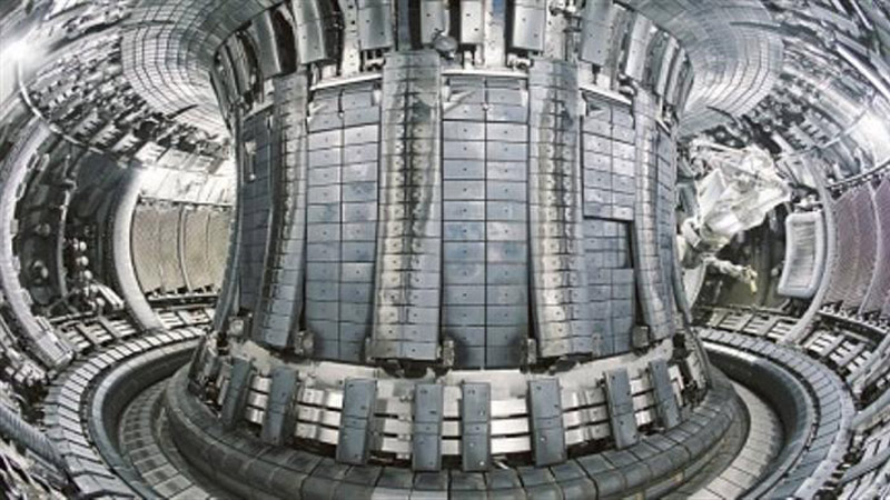 The tokamak reactor controls the nuclear fusion reaction