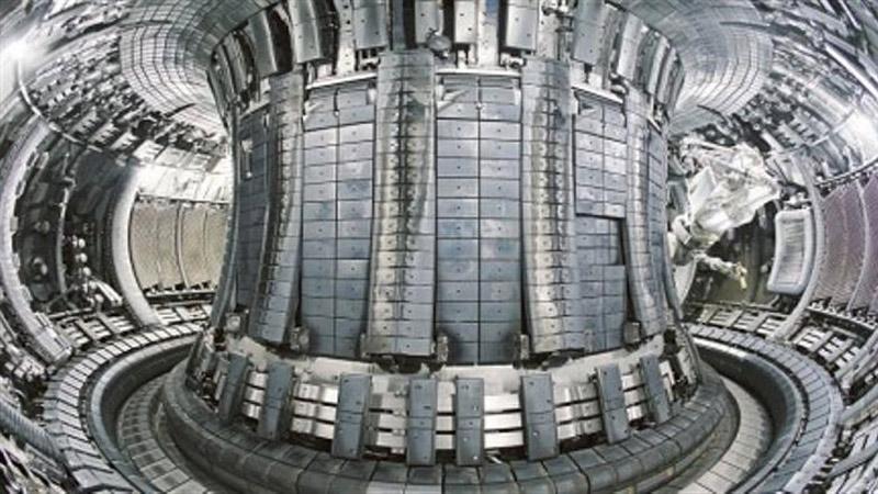 The tokamak reactor controls the nuclear fusion reaction